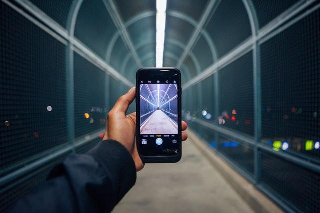 Bra Willy Seyama | Omar Prestwich | Unsplash | Mobile-First Media Consumption | 7 February 2021